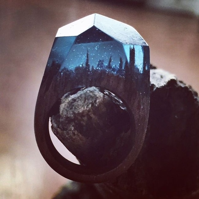 this-unique-wooden-ring-is-unlike-anything-youve-ever-seen-3