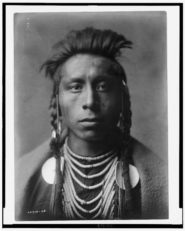 native-american-portraits-by-edward-s-curtis-early-1900s-29