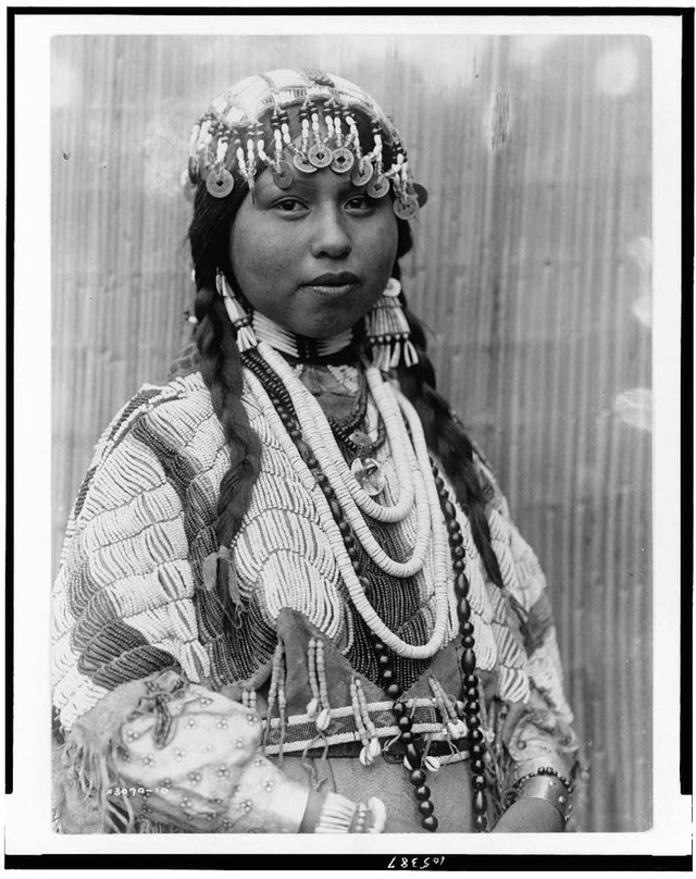 native-american-portraits-by-edward-s-curtis-early-1900s-27