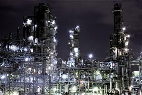 【工場萌え】美しく輝く夜の工場写真たち(画像35枚)