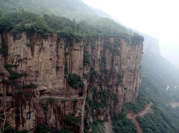 中国の人「よし、螺旋階段で行こう」