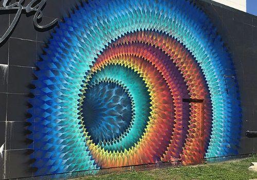 万華鏡のようなストリートアート