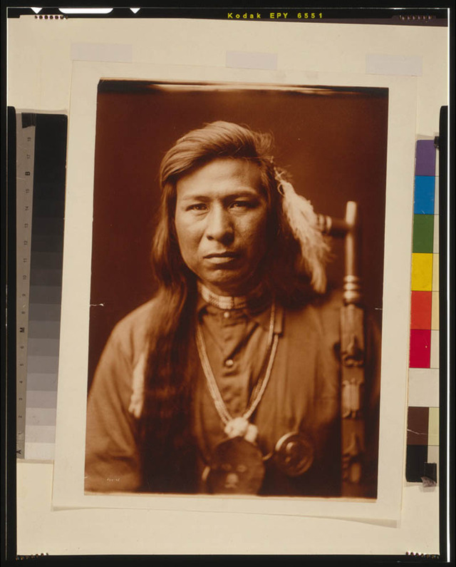 native-american-portraits-by-edward-s-curtis-early-1900s-7