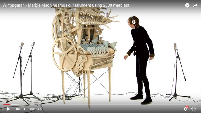 摩訶不思議な楽器の動画