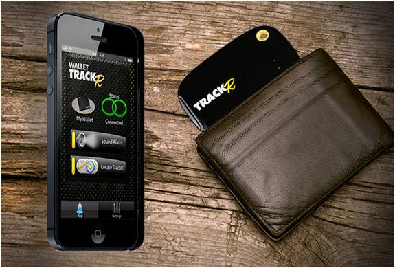 財布を落としてもスマートフォンやタブレットで追跡できるGPSデバイス「Wallet TrackR」