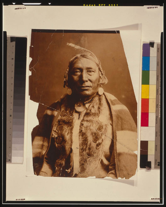 native-american-portraits-by-edward-s-curtis-early-1900s-5