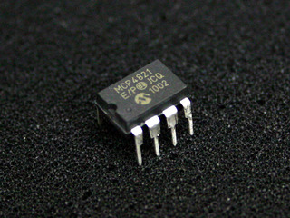 mcp4821
