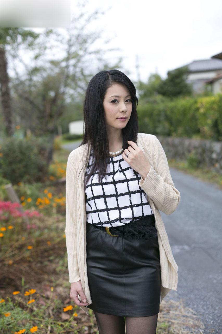 0.55世紀少年 : 美熟女の熟れた肌 (10)/愛田奈々さん