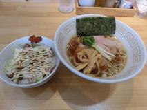 麺屋ゑびす 朝らーめん+はじっこチャーシュー丼