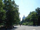 カール広場