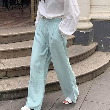 ミントグリーンファッション