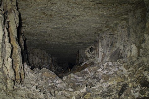 cave-1880282_1920