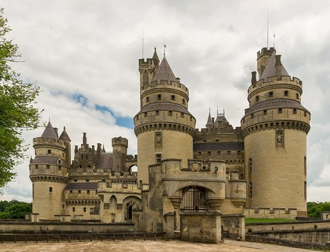 pierrefonds-castle-535531_1920