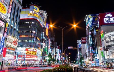 Kabukicho-Shinjuku-Tokyo_2015