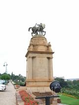 国会?前にあった像