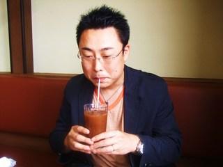 アイスコーヒーとのぶ山さん
