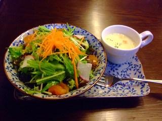 壺焼亭・セットのサラダ