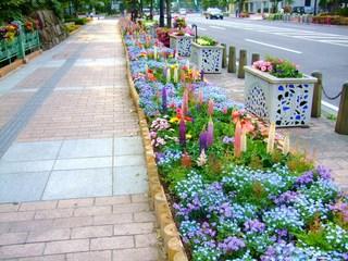 ハープの泉から高崎市役所にかけての歩道