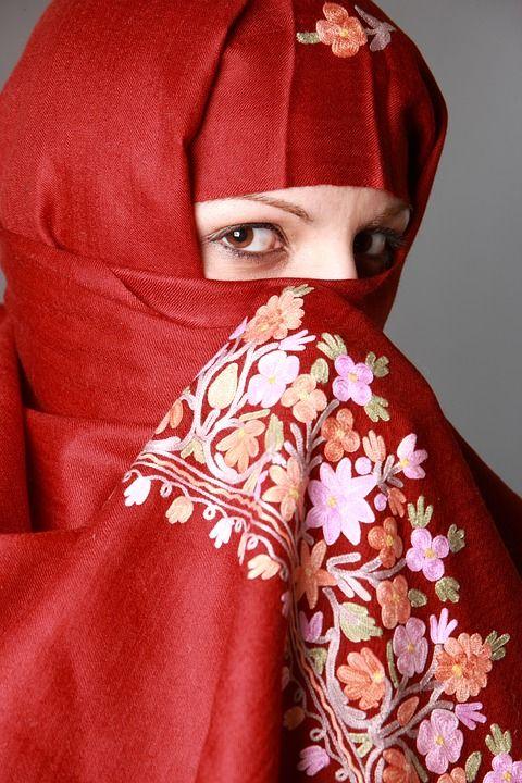 Muslim Girl 01