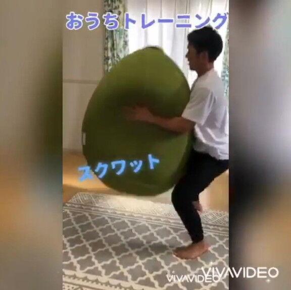 中日・井領雅貴選手が『ヨギボートレーニング』の様子を公開【動画】