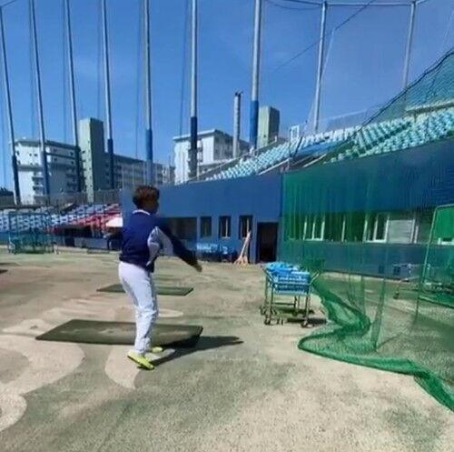 中日・田島慎二投手、術後初めてボールを投げる「まだ目の前ネットに投げるだけだけど…」【動画】