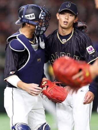 岡田と小林