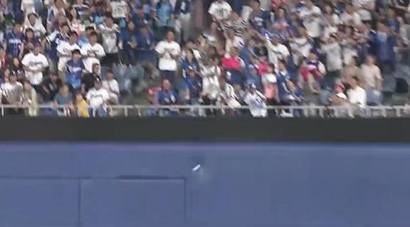 中日・与田監督、ホームラン性の打球をナゴヤドームのフェンスに阻まれ… 「あああああ、おうぅ…」