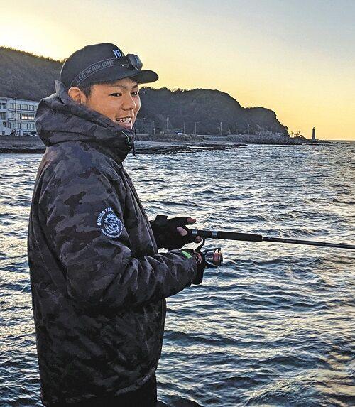 中日・高橋周平、年末も知多半島で釣りを楽しむ