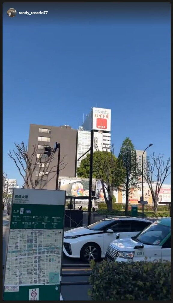 中日新助っ人・ロサリオ、名古屋の街を散策する