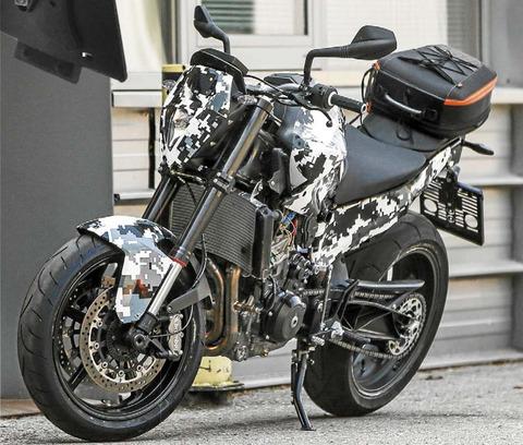 KTM-800-Duke-001