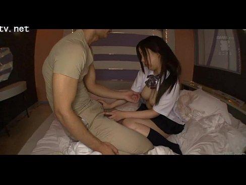 セイフク10代小娘がガチ援交、REALな隠し撮り流出 (えろムービー)