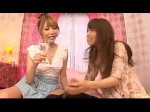 オシオキ女子たちのチンチン遊びww (えろムービー)