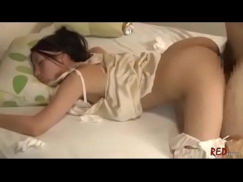 昼寝中のヒトヅマに後ろから即ハメムラムラ (えろムービー)