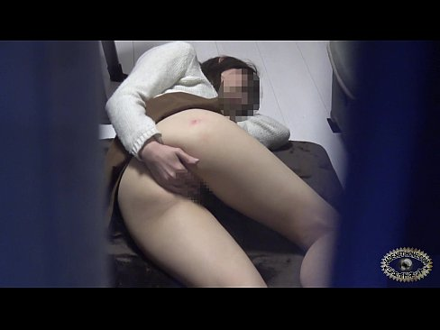 カーテン越しにおなにーガチ秘密撮影 part1 (えろムービー)