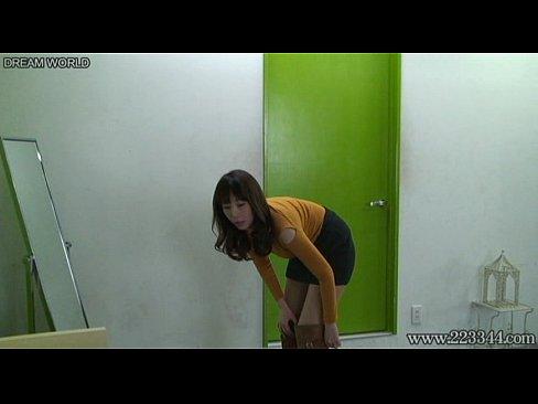 シロウトさんの着替え秘密撮影 (えろムービー)