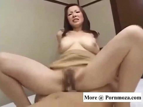 垂れ乳美巨乳人妻のねっとりSEXえろい (えろムービー)