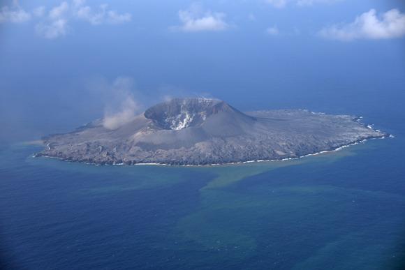 【画像】  西之島、想像以上にデカくなる