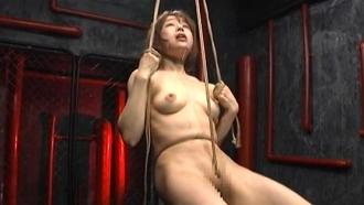 首絞め、イラマ、宙吊り、水責め!極悪拷問コンピレーション!