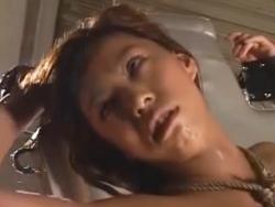 電マとピストンマシンで終わらないイキ地獄をくらう女の表情・・・。