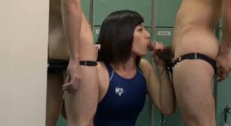 水泳部のコーチと部員の性処理を一手に引き受ける中出し専用肉便器JD!