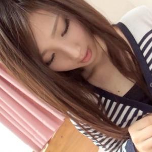 北川玲 21歳 コンビニ店員