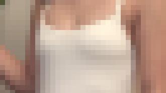 中○2年当時のジュニアアイドル新見ななえちゃん・・・キスリッツってゆうイメージビデオで乳首ピンコ立ち!!! ※動画あり