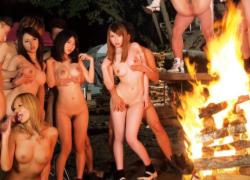 卒業記念にキャンプファイヤーやろうぜ!→大乱交パーティー