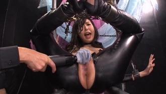敵対する組織に捕まった女スパイが卑劣な拷問に絶叫悶絶!