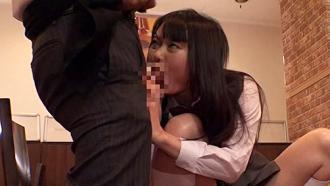 ファミレスで美少女JKに媚薬を飲ませたら一心不乱にむしゃぶりついてきたwww