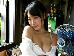 感じすぎて痙攣する人妻…神田川ポルノ劇場 『今、一番寝盗りたい人妻』高瀬杏29歳