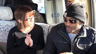 観光で日本に来た巨根黒人をナンパして中出しさせちゃう麻里梨夏さん!  