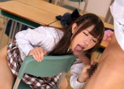 先生も生徒も彼女の虜!制服、スク水、ブルマで男を惑わす小悪魔JK!