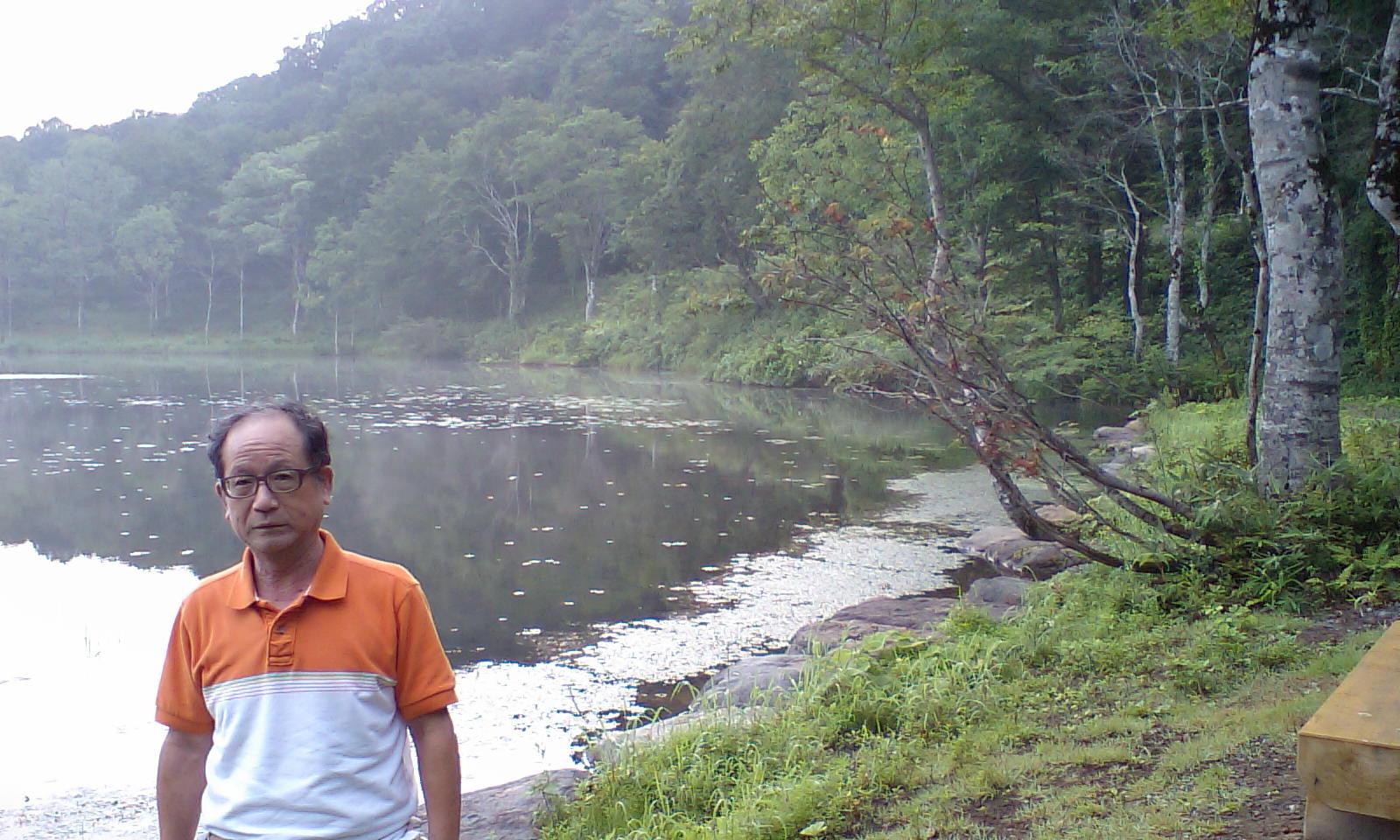 HI3A0001蓮華温泉の前の林道の池