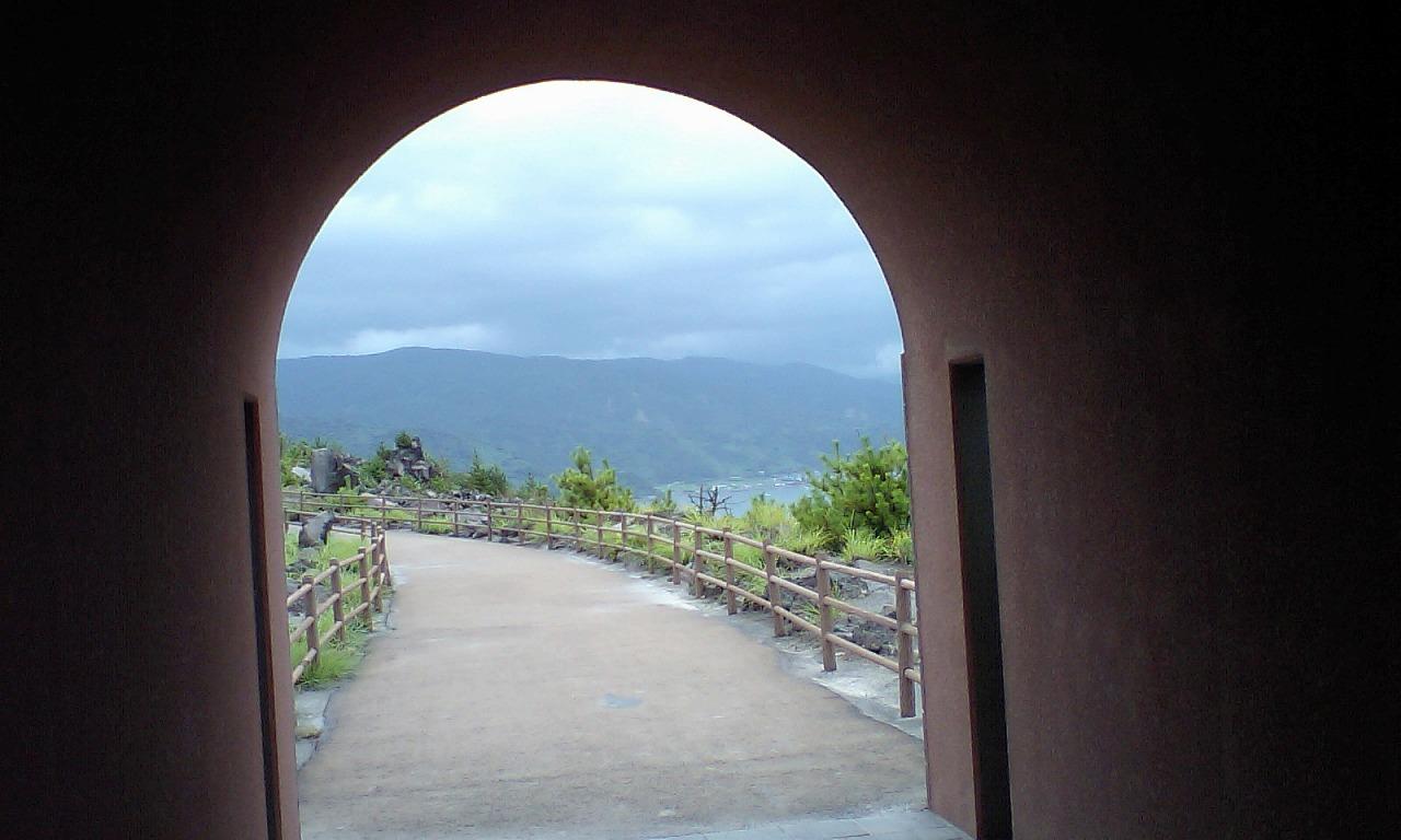 HI3A0182島からの景色1thru tunnel